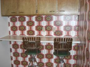 Briarwood studio kitchen bar 082011